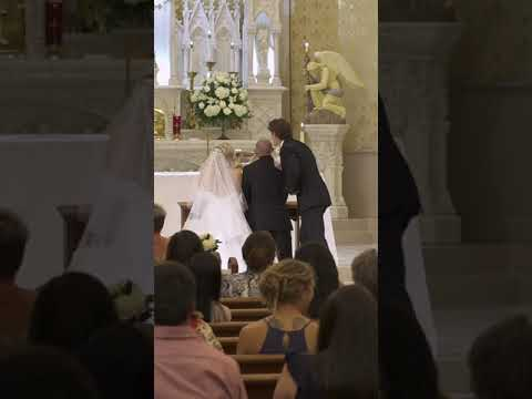 Guy Fixes Groom's Suit And Polishes His Head During Wedding While He Sits At Altar - 1149585-2