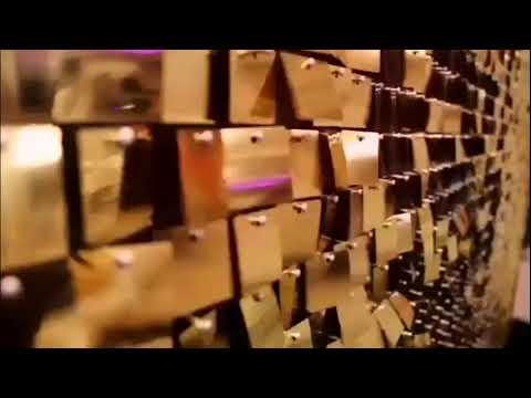 Goldene, lebendige Fotowand (Hintergrund) aus Pailletten für Ihre Hochzeit.