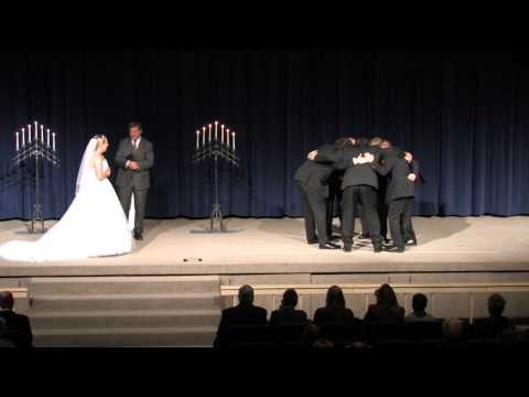 Funny Wedding Moments - The Huddle