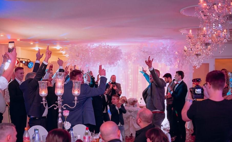 Ihre russische Hochzeit in Stöbnitz mit dem Tamada auf russisch und deutsch
