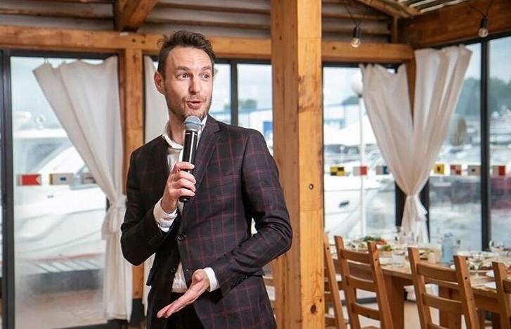 Tamada, Moderator aus Kiel für Ihre russische, oder deutsch-russische Hochzeit
