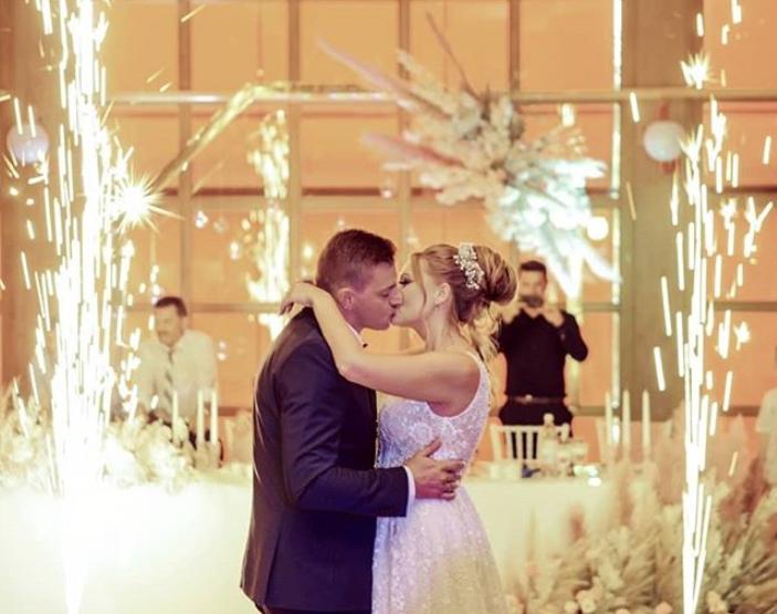 """russischer Hochzeitsbrauch: """"Gorko"""" bei einer russischen Hochzeit"""