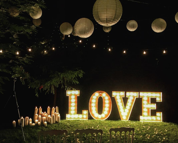 Extra große Buchstaben Love