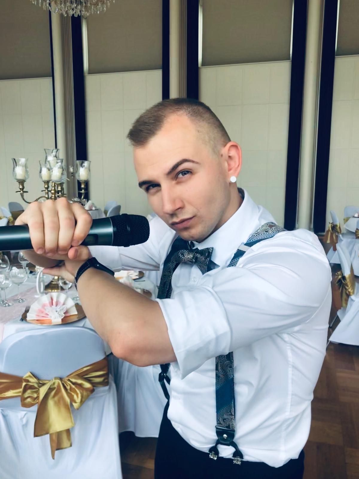Moderator Artem für Ihre deutsch-russische Hochzeit