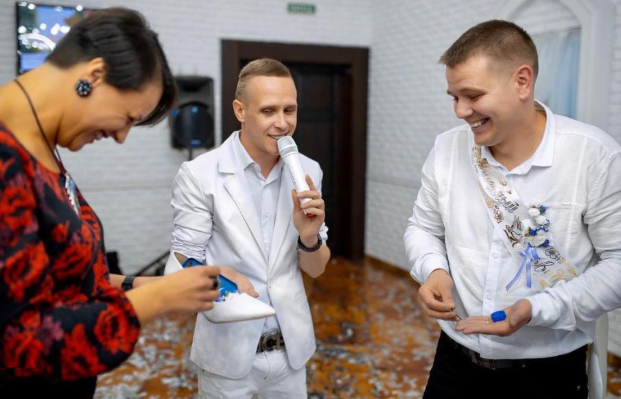 Schuhklau bei der russischen Hochzeit