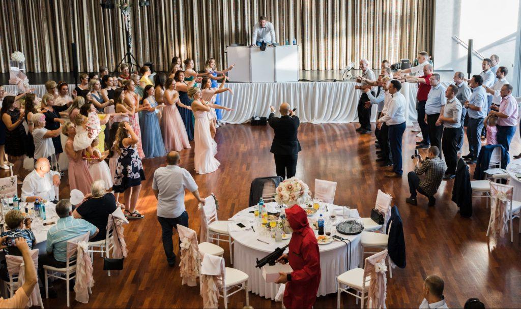 Dance Battle bei einer deutsch-russischen Hochzeit mit Tamada Eugen