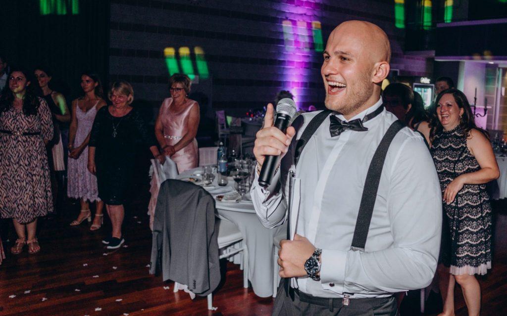 So rockt Tamada Eugen bei einer wunderschönen russischen Hochzeit