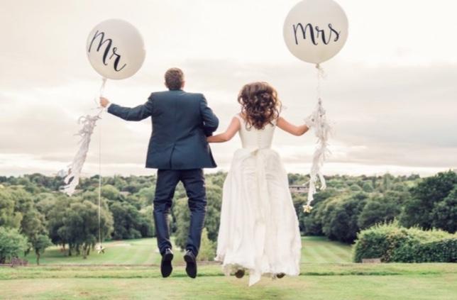 Lauftballons als Unterhaltung bei einer Hochzeit